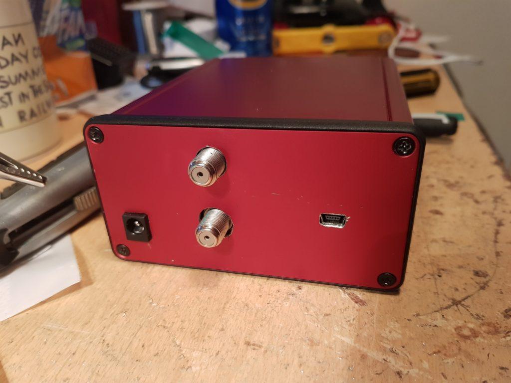 MiniTiouner Box Rear Panel